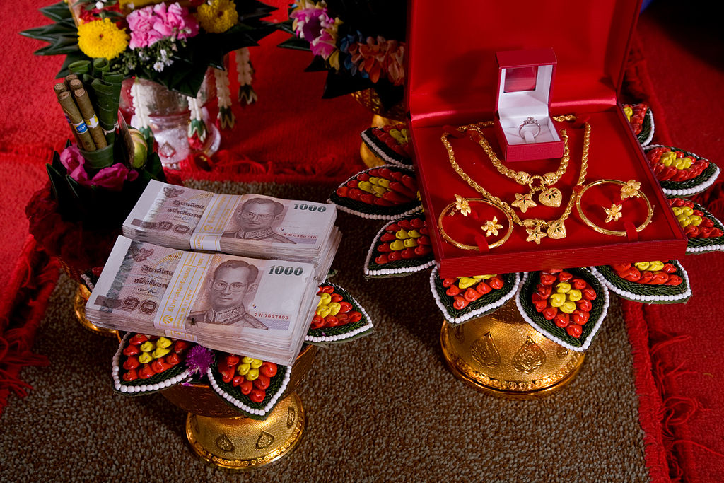 """Bride price in Thailand also known as """"sin sot"""" or """"dowry"""""""