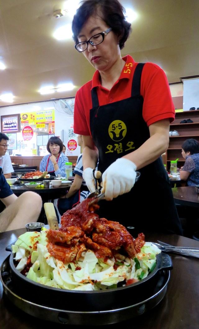 what to eat in south korea seoul dak galbi