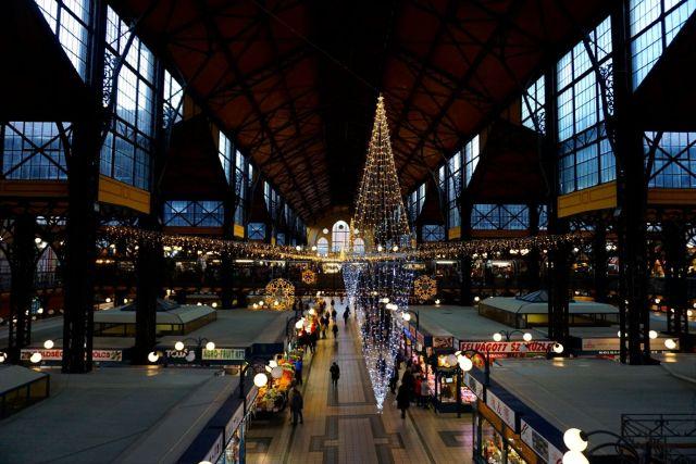 budapest-central-market-hall-budapestcard-view