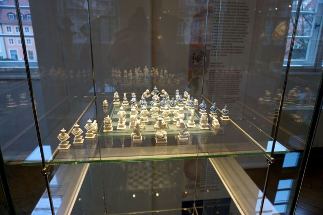 I loved this amazing porcelain chess set at the Rathaus museum