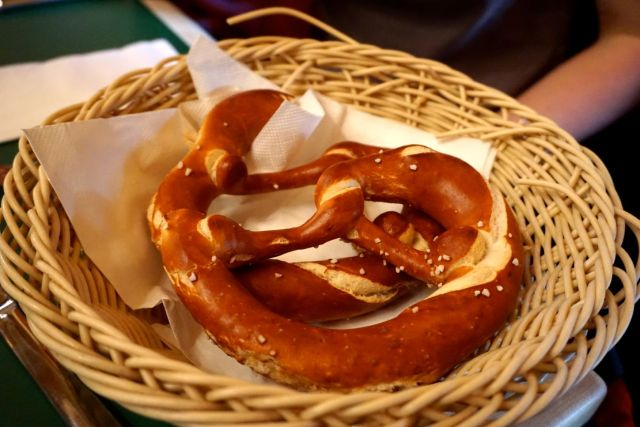 what to eat in germany pretzels