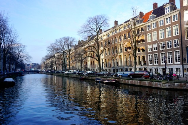 what to do in amsterdam canal system