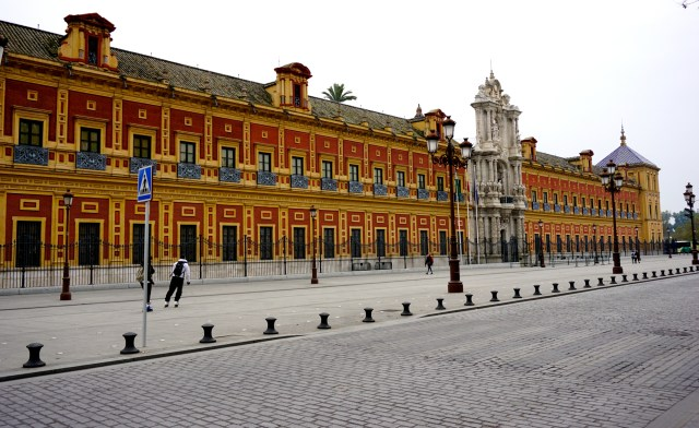 what to do in seville san telmo palace