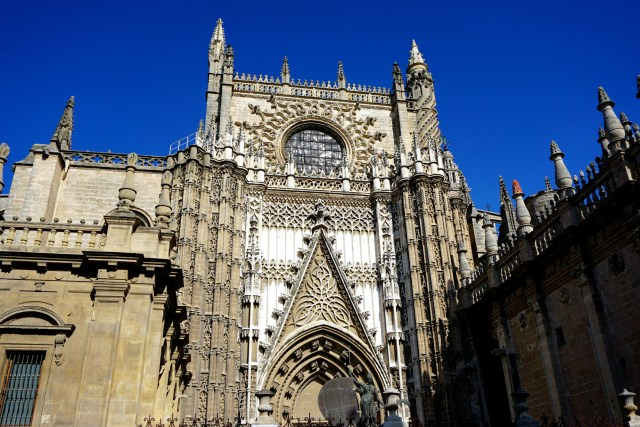 what to do in seville cathedral of sevilla
