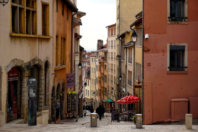 a day in lyon croix rousse