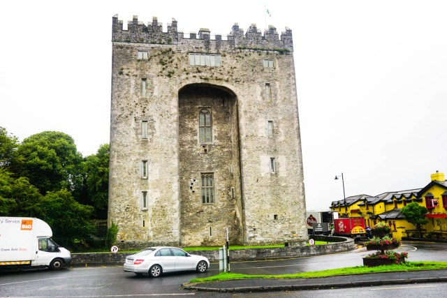 9 day all ireland paddywagon tour budget backpacker tours ireland