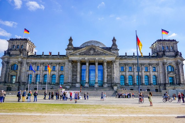 what to do in berlin reichstag