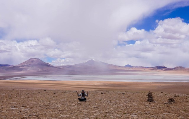 salar de uyuni bolivia three days red planet expeditions