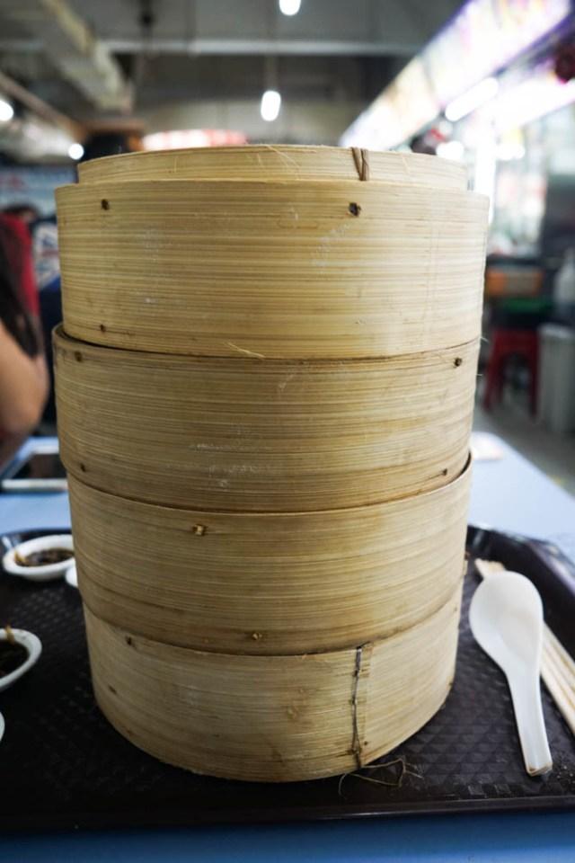 what to eat in singapore hawker hall food crawl xiao long bao soup dumplings