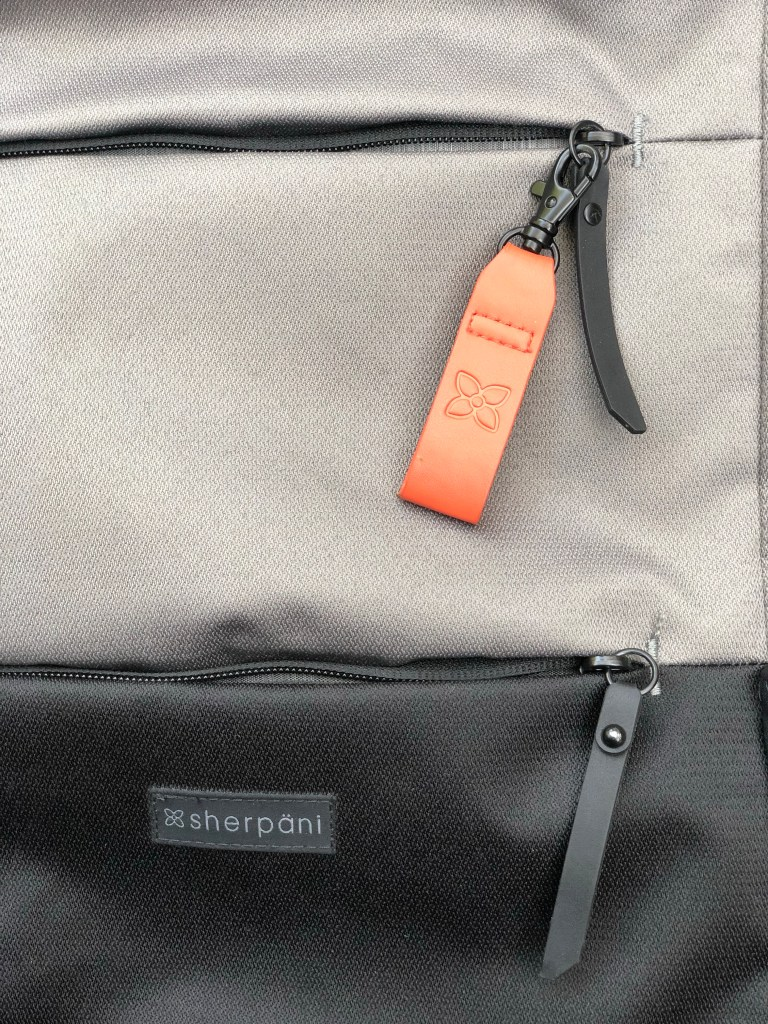 reinforced zipper camden bag