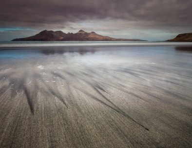 Leading Lines - Rum from Eigg01-1362