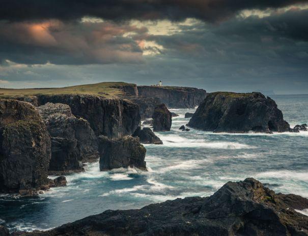Eshaness - Shetland (©Leading Lines)