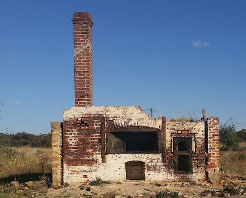 Ruins of bakery at Minnivale.