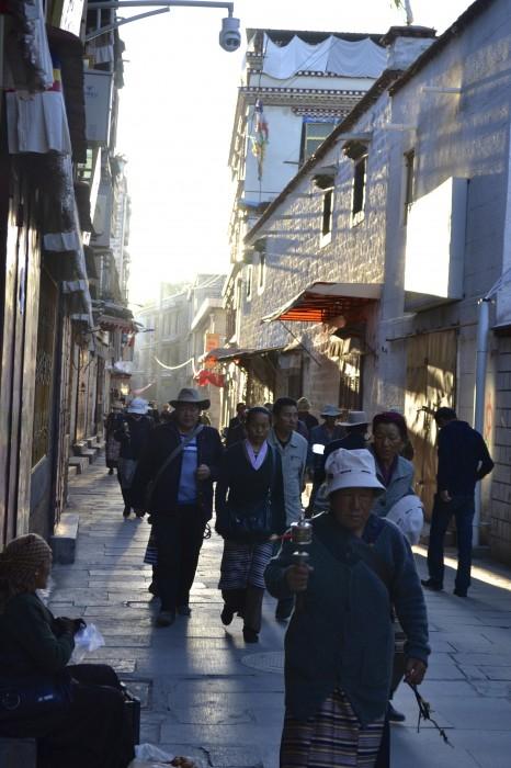 Lhasa: The Morning Pilgrimage