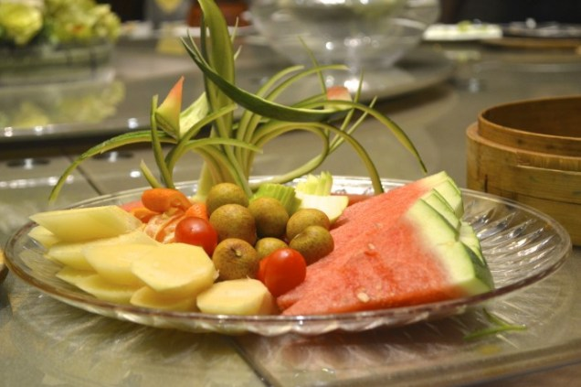 China fruit platter