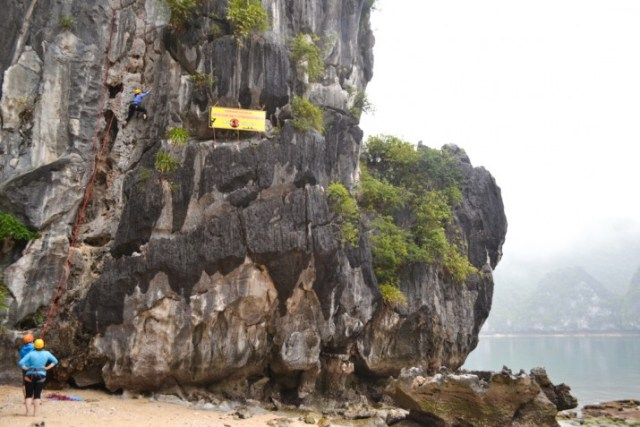 Rock Climbing Cat Ba