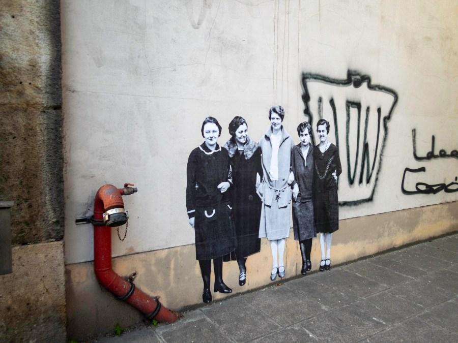 Leo & Pipo mural, Paris, France