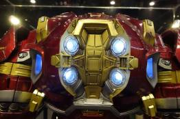 iron-man-hulkbuster-cosplay-10