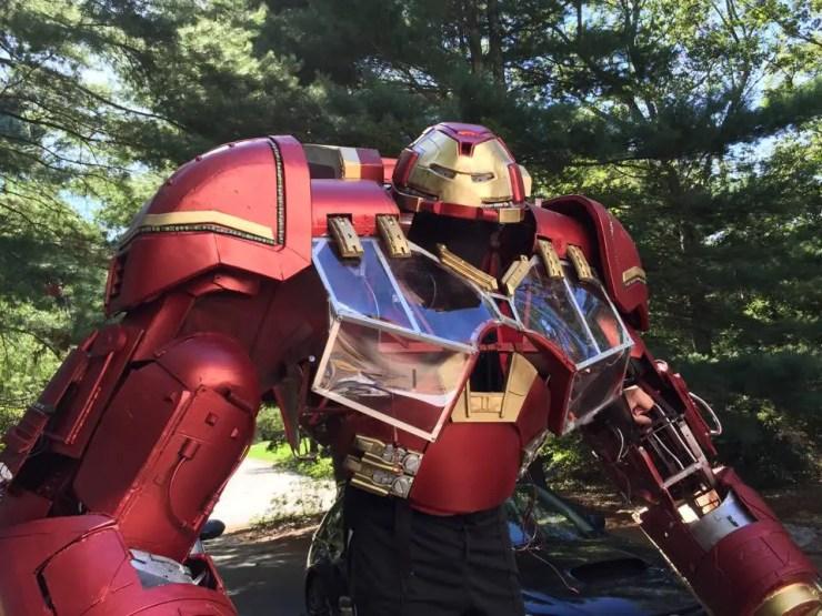iron-man-hulkbuster-cosplay-8