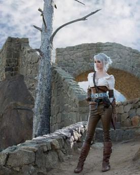 witcher-3-ciri-cosplay-lyz-brickley-4
