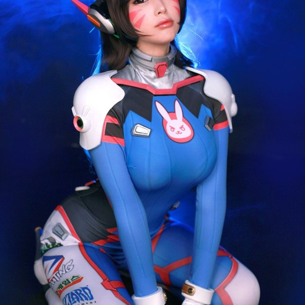 Overwatch: D.Va Cosplay by Doremi