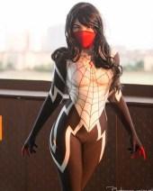 omg-cosplay-silk-3