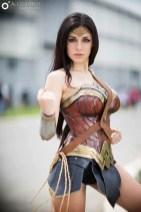 wonder-woman-cosplay-ambra-pazzani-9