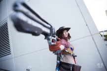 overwatch-mccree-cosplay-by-holly-lauryn-3