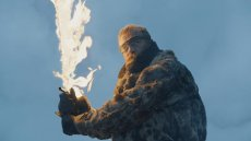game-of-thrones-season-7-episode-6-beyond-the-wall-beric-dondarrion-flaming-sword