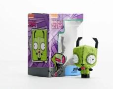 Eekeez Gir figure with packaging