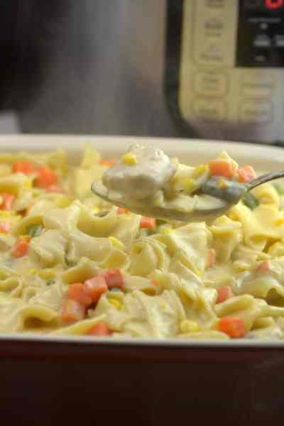 Instant Pot Chicken Pot Pie Casserole