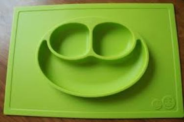 toddler no spill mat and plate in one