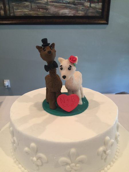 Make your own wedding cake topper is the amazing idea for crafty people. Made with polymer clay, it's the perfect keepsake to last a lifetime.