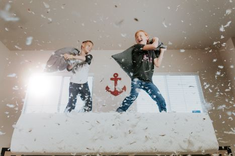 Pillow fight is a great date idea to get the body moving and have some laughs and giggles along the way.