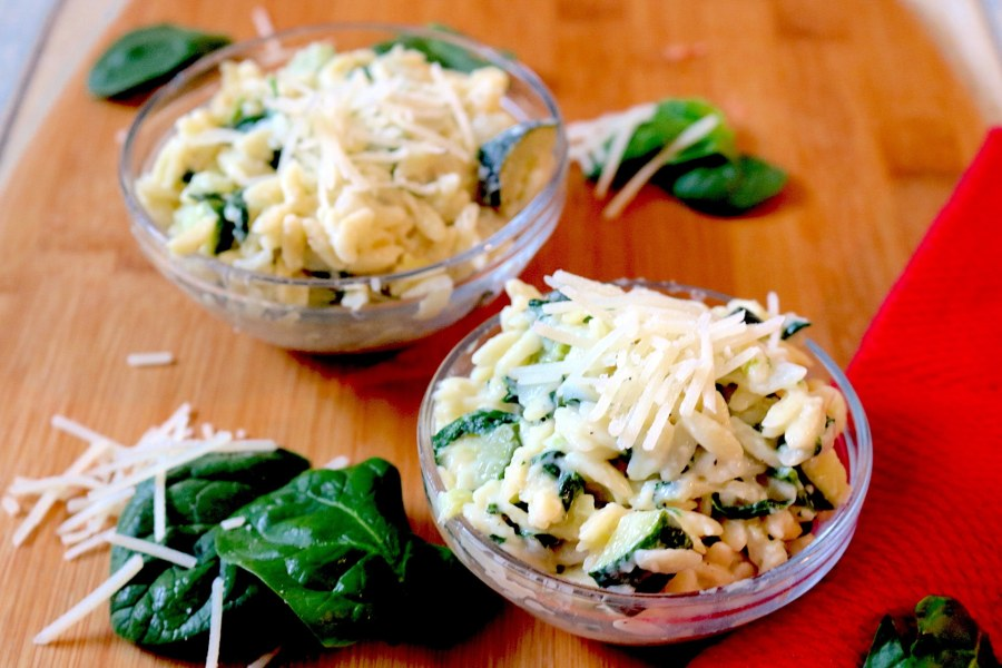 Creamy Zucchini, Spinach, and Parmesan Orzo is a light and creamy orzo pasta packed with veggies which makes it a perfect side dish to your meal. In 30 minutes or less, you can have a delicious pasta to complete your meal!