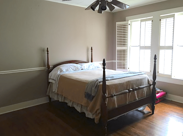 passing through Louisiana on your way to Texas, stay in this spacious private bedroom listed on Airbnb! - Adventuresofb2.com