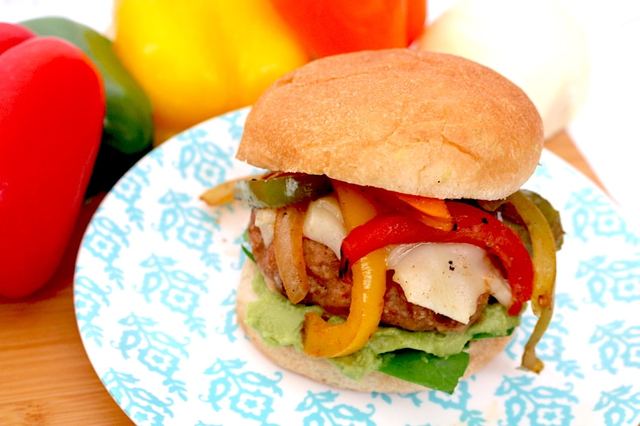 Fajita turkey burgers are great alternative to regular cheeseburgers. They are flavorful, juicy burgers with onions and peppers and options for toppings. - adventuresofb2.com #fajita #burger #dinner
