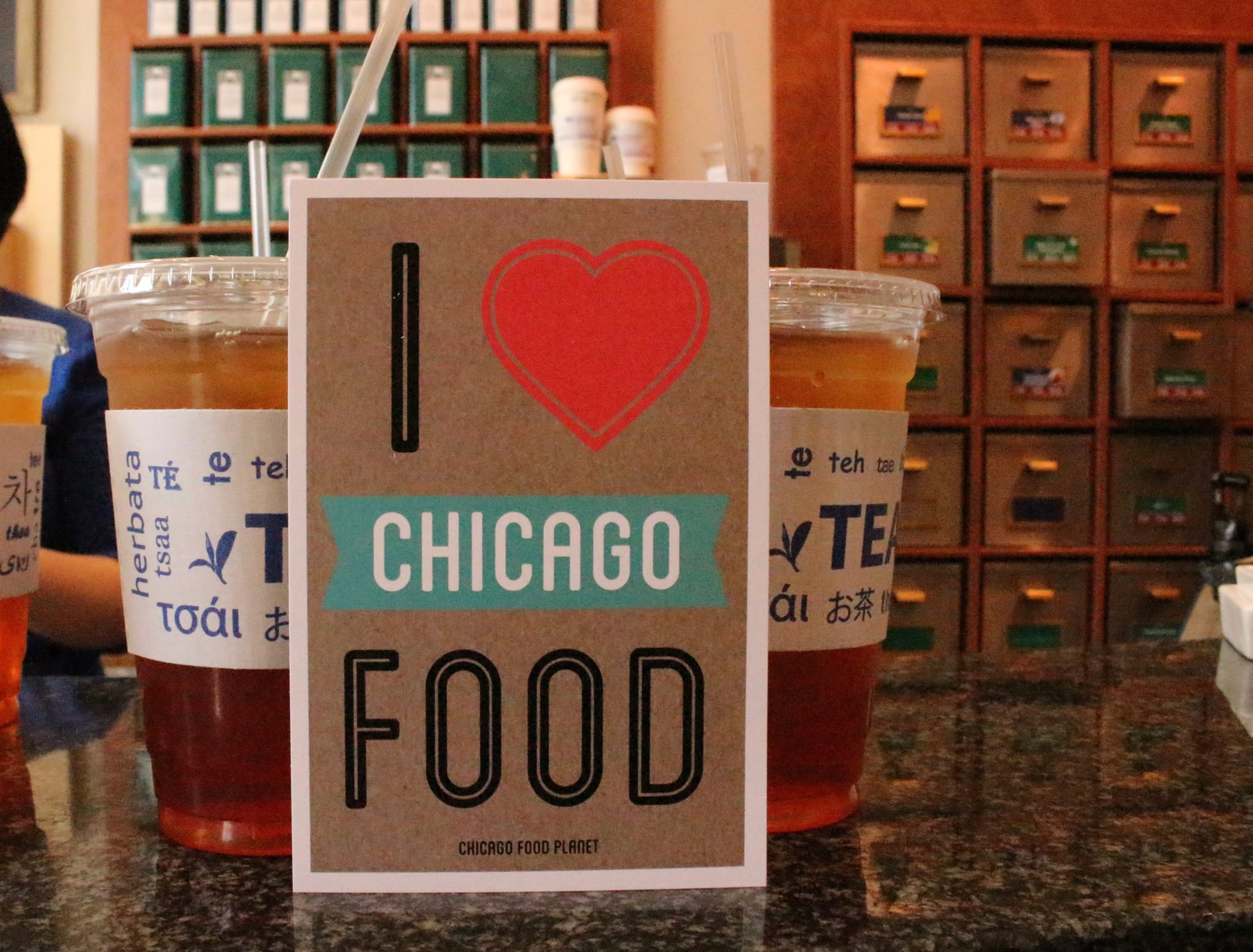 Do Not Miss! – A Delicious Walking Food Tour in Chicago