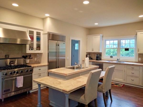 rent a home in East Hamptone