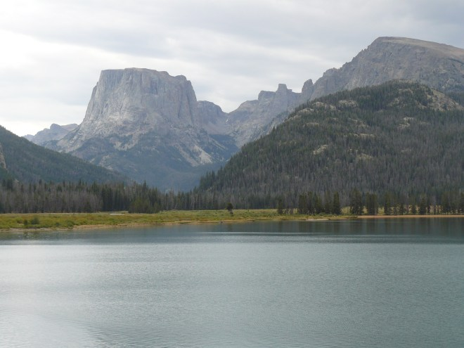 Approaching the S shore of Lower Green River Lake. The lower lake is the larger of the two Green River Lakes.