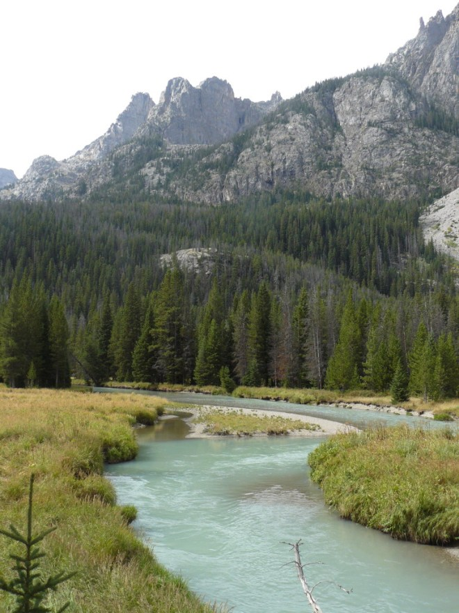 Looking at some of the mountains W of the Green River before reaching Squaretop Mountain.
