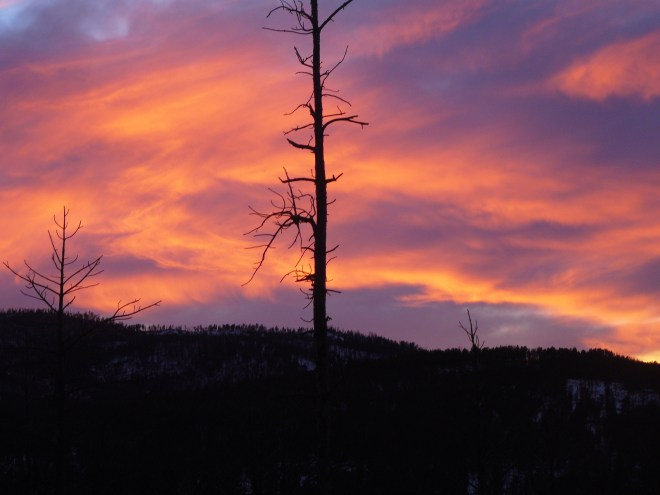 Sunset from down in the draw along USFS Road No. 386.1F near the NW end of Smith Mountain.