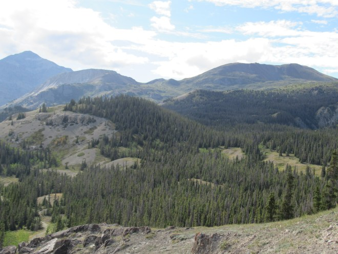 A wider view of the Bullion Plateau vicinity.
