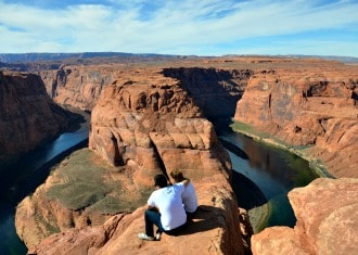 Horseshoe bend Couple