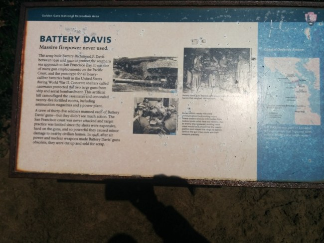 Info Sign About Battery Davis