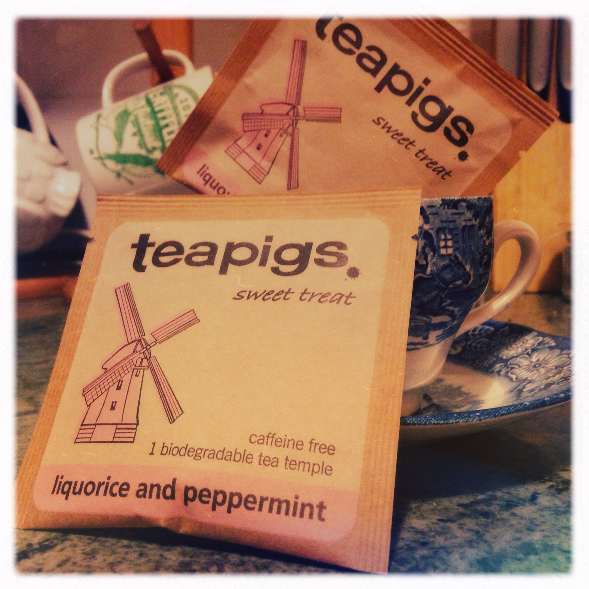#FreebieFriday giveaway - let's talk teapigs!