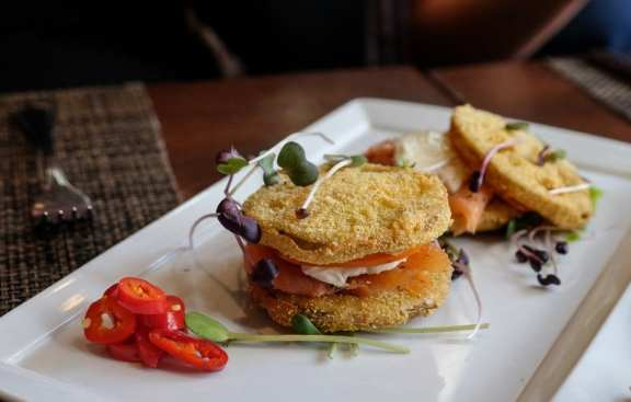 Pican Fried Green Tomatoes
