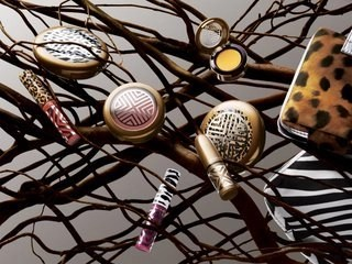 """Wage an all-out """"WAR"""" on blah Summer Makeup with M.A.C.'s Style Warrior Collection"""