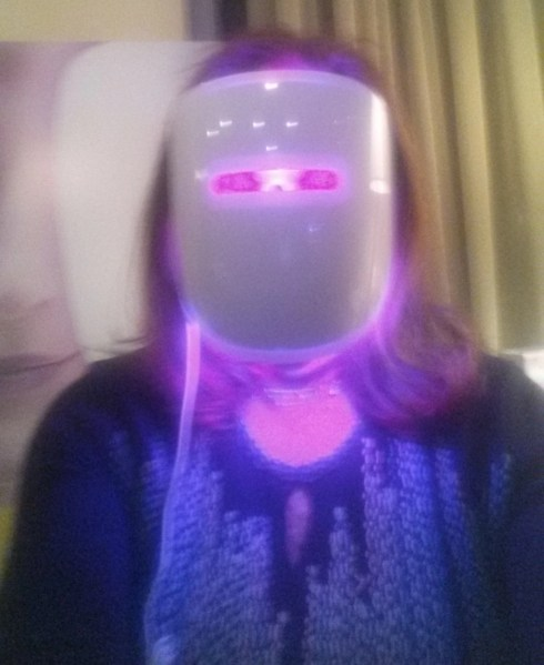 A Really BRIGHT Idea!  Red and Blue That Makes Skin, Beautiful! @illumask