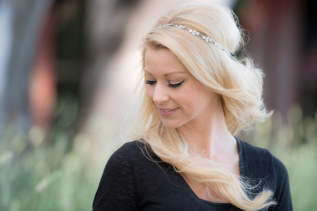 Holly Mandarino headbands make a statement and a great holiday gift @SweetHairTies